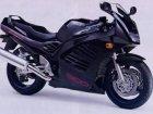 Suzuki RF 900R